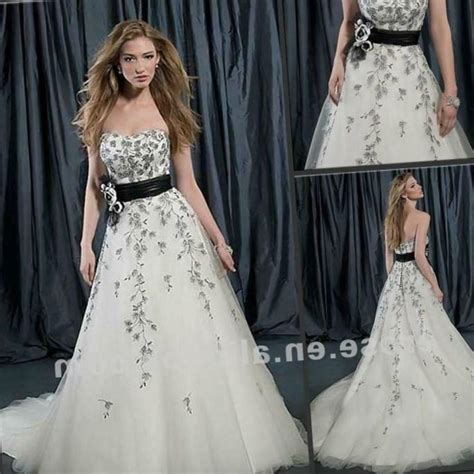 Re And White Wedding Dresses by Black And White Plus Size Wedding Dress Pluslook Eu