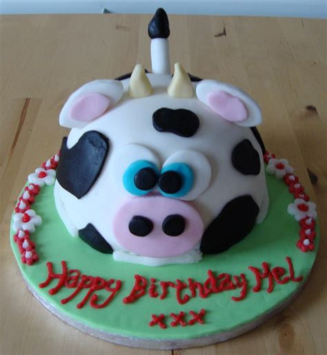 birthday cake cow cakes decoration ideas little birthday cakes