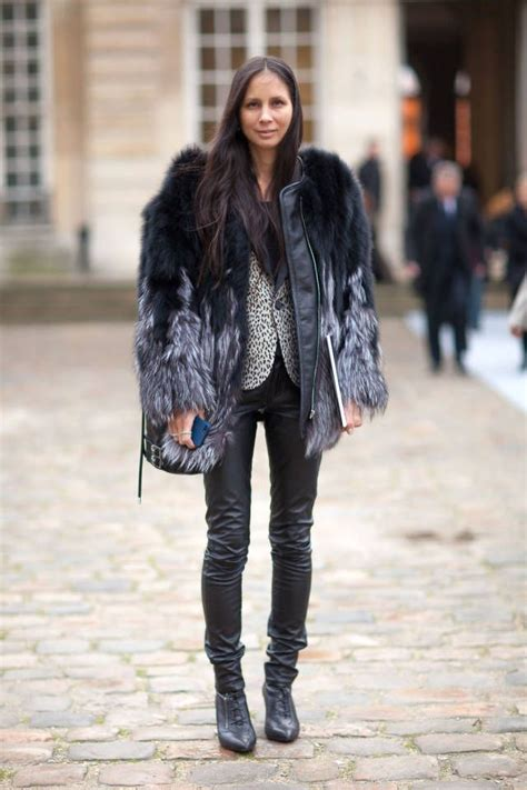 Dear Fashion Mafia Black Sweater Fur Sleeves by 7 Best Images About Melanie Huynh On Fur