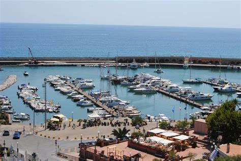 porto marina di camerota camerota per i lavori al porto servono un milione e mezzo