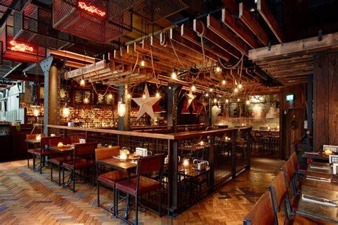raines room dress code big easy covent garden restaurant review restaurants designmynight