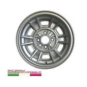 Fiat X19 Wheels Cerchio In Lega Replica Cromodora 7x13 Fiat 124 131 X1 9