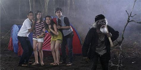 film nenek gayung vs kakek cangkul kakek cangkul gentayangan minta dikubur merdeka com