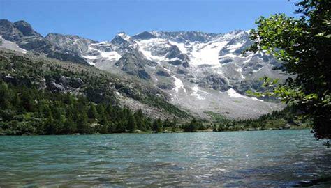 di valle camonica laghetti 171 hotel prodotti tipici e sport sul lago d iseo