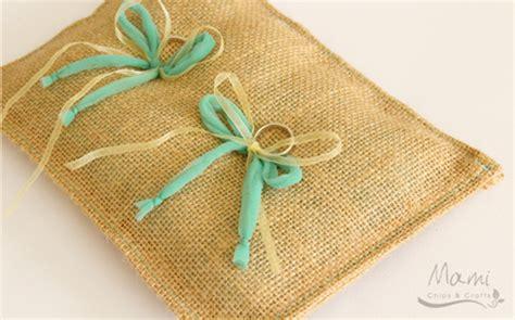come realizzare un cuscino come realizzare un cuscino portafedi fai da te paperblog