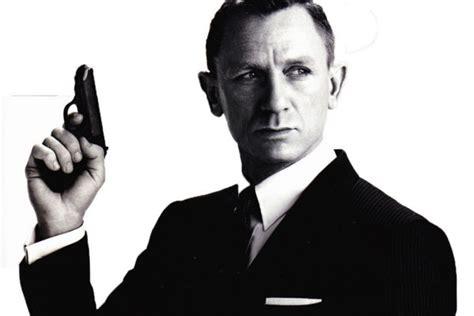 james bond daniel craig james bond 007 wiki james bond 25 daniel craig rumoured to play 007 again