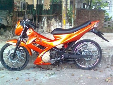 Lu Projie Satria Fu sparepart motor modification custom drag modification satria fu 150 cc orange light brush