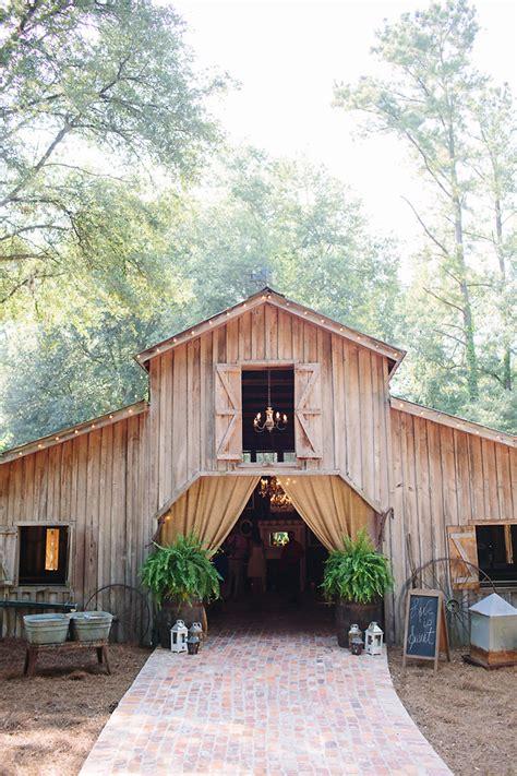 southern barn wedding rustic wedding chic - Barn Wedding Venues Southern