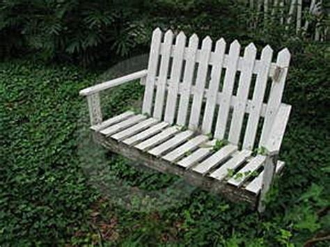 picket fence bench 58 best images about picket fence repurpose diy on pinterest planters old fences