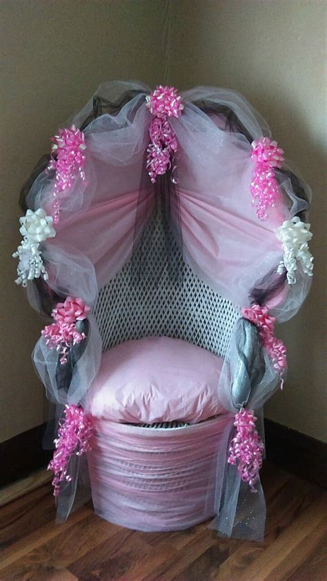 Baby Shower Chair Decor by 25 Best Ideas About Baby Shower Chair On Baby