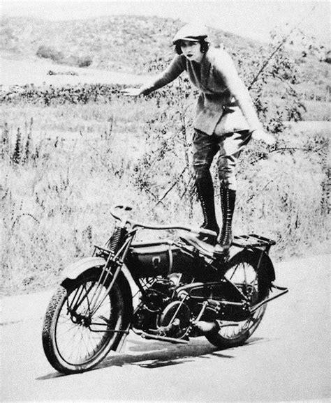 womens motorcycle riding early women motorcycle stunters moto lady