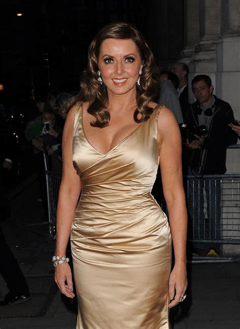 carol vorderman wardrobe malfunctions back to post jennifer aniston 2013 peoples choice awards