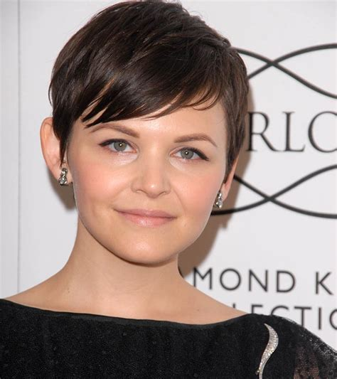 how to do hair to complaintment round face female short hairstyles for round faces hairstyles