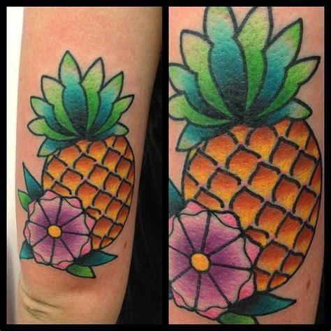 diamond tattoo romford tillydee fancy pineapple tattoo tattoos pinterest