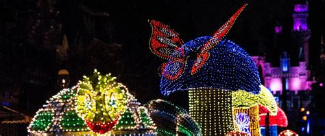 disney light parade electrical parade returns to disneyland after