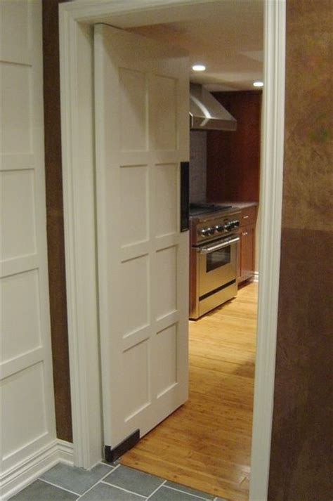 double swinging kitchen doors 17 best images about livery bathrooms on pinterest