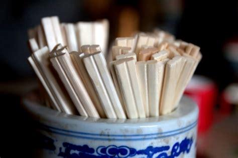 Sumpit Plastik Higienis 1x Pakai sumpit kayu di china ditemukan mengandung bahan kimia berbahaya