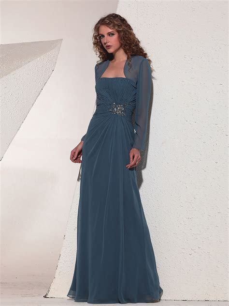 latest hairstyles for evening gowns trends of evening dresses with sleeves for women 0014