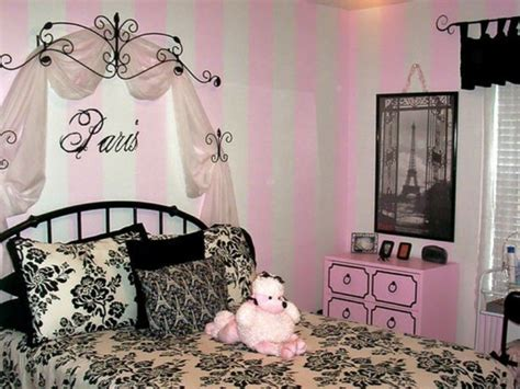 Paris Bedroom Decorating Ideas by How To Create A Charming S Room In Paris Style