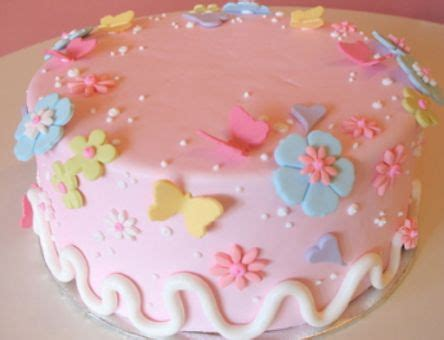 how to decorate cakes at home decorating cakes decorating wedding cakes