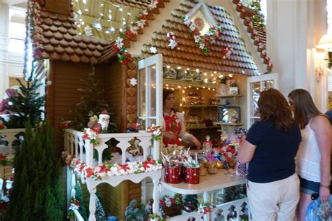 disney decorated homes holiday decorations at walt disney world