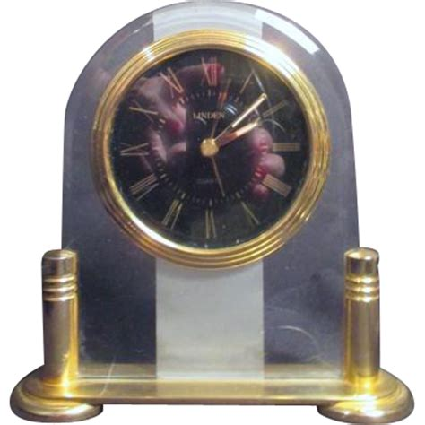 Clock L Stand linden quartz clock on goldtone stand from somethingwonderful on ruby