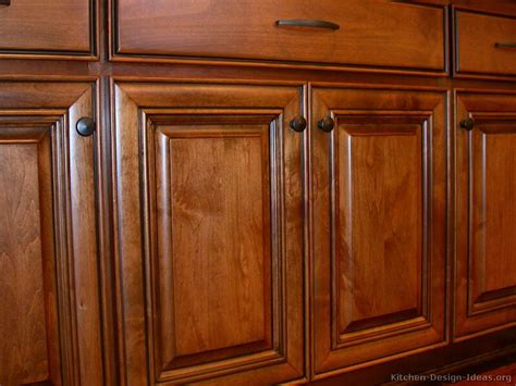 Kitchens With Wood Cabinets Pictures Of Kitchens Traditional Medium Wood Cabinets Golden Brown Page 2