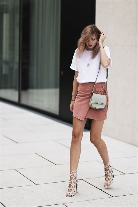 Boots Anak Piotex Grey Suede Babypink 1 seude skirt 17 ways to wear seude skirts