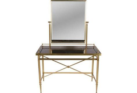 Glass Vanity Table 1000 Ideas About Glass Vanity Table On Pinterest Makeup Table Vanity Glass Vanity And Makeup