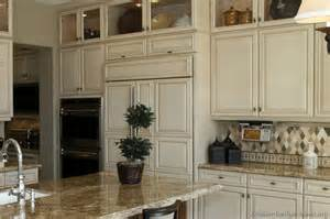 Gourmet Kitchen Cabinets A Large Gourmet Kitchen For Cooking Entertaining