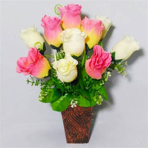 gambar menanam bunga pot happykado secara teratur kamu disarankan melakukan pemangkasan di