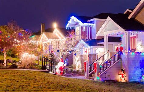 decoration de noel maison illumination des maisons dans le monde maramouch