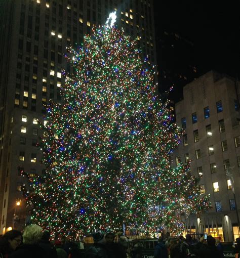 the rockefeller center christmas tree lighting new york