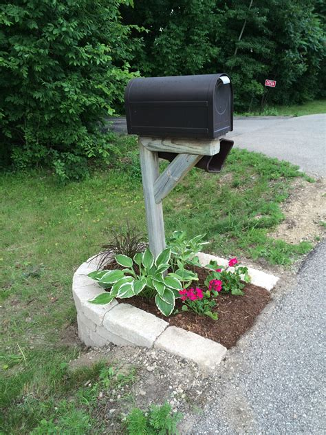Mailbox Garden Ideas My Mailbox Landscape Idea Created Some Curb Appeal In My