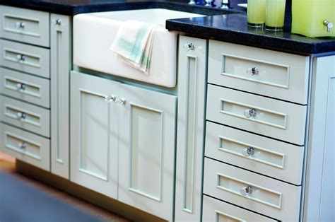 glass kitchen cabinet handles choosing kitchen handles