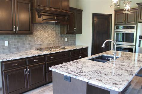 trends   showing      custom kitchens  katie jane interiors