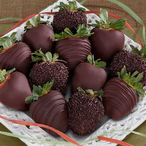 Chocolate Covered Strawberry Decorating Ideas by How To Decorate Chocolate Covered Strawberries