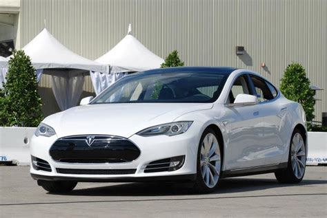 Tesla White Tesla Model S Again Named Best Overall Car By Consumer