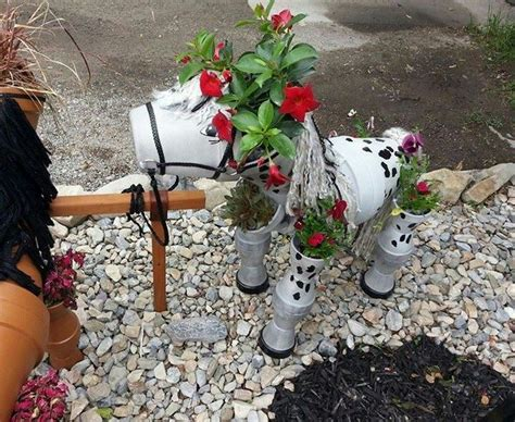 Concrete Succulent Planter by Decorate Your Garden By Making This Clay Flower Pot Horse
