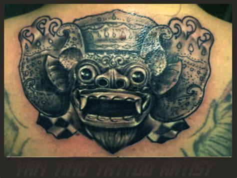 Disain Tattoo Barong   black grey yantino tattoo