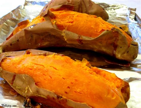 how long to cook a sweet potato in the oven