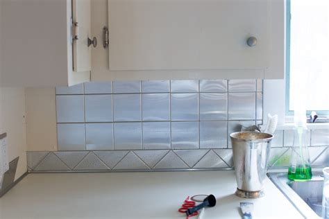 how to faux subway tile backsplash 187 curbly diy design