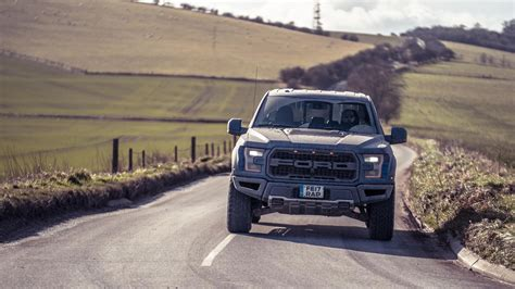 topgear ford   raptor review   bhp pick  fit   uk