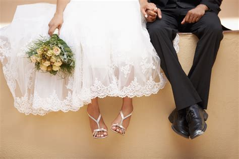 Your Wedding Photo by 25 Ways To Slash Your Wedding Budget Huffpost