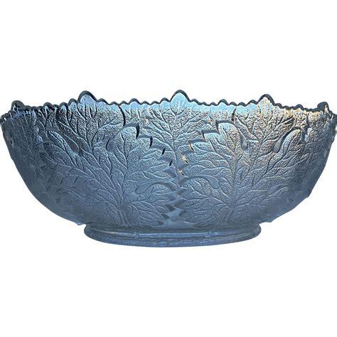 Leaf Pattern Glass Bowl | maple leaf pattern gillinder glass bowl