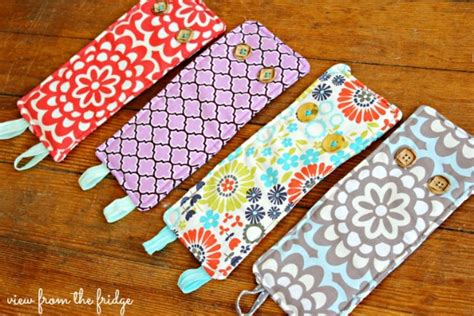 Handmade Sewing Projects - diy easy koozie sewing project by view from the fridge