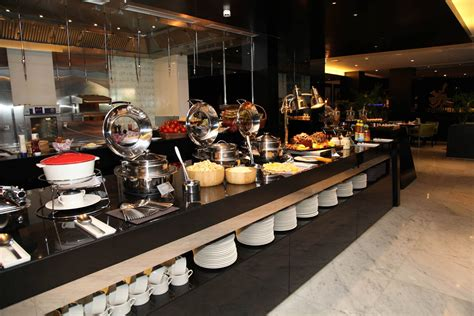 new year buffet dubai best things to do in dubai this new year s 2017