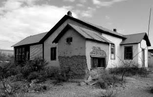 old abandoned houses the old west a study in black and white photography hoover s corner
