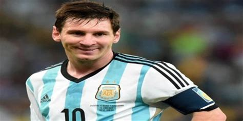 biography de messi biography of lionel messi assignment point