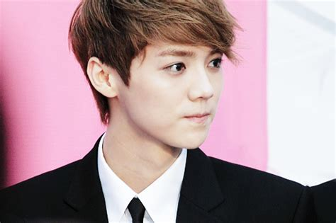 film exo luhan sm entertainment files another lawsuit against luhan and